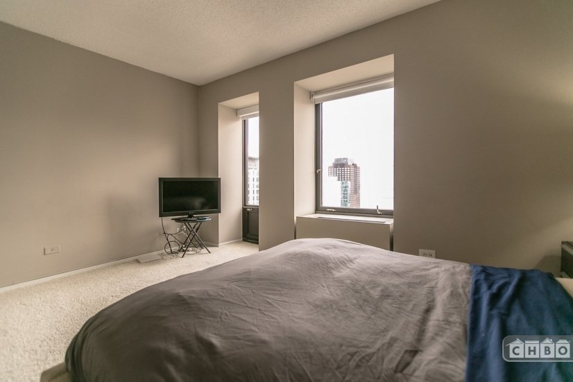 image 13 furnished 2 bedroom Apartment for rent in Loop, Downtown