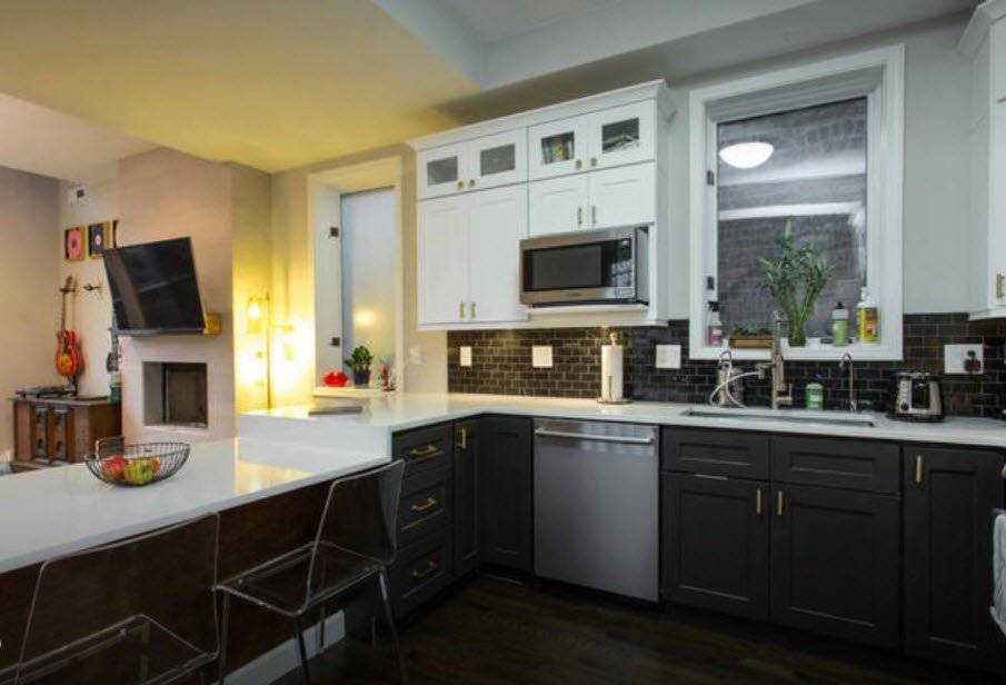image 4 furnished 3 bedroom Townhouse for rent in West Town, West Side