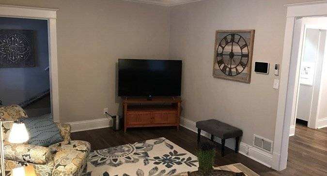 image 3 furnished 2 bedroom House for rent in Libertyville, North Suburbs