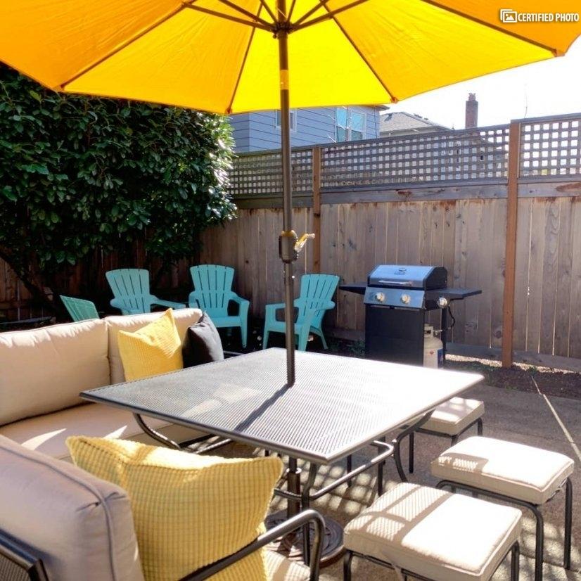 Bright and Private Backyard!