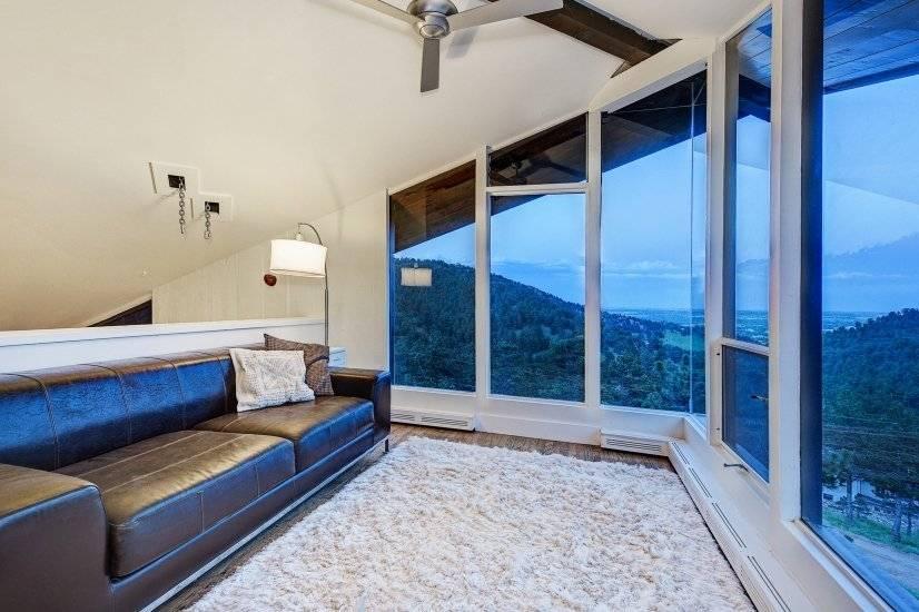 image 6 furnished 3 bedroom House for rent in Seven Hills, Aurora