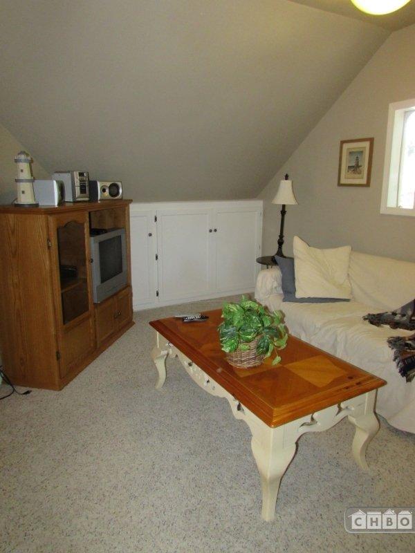 Living Room Crow's Nest 2