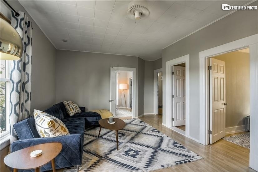 image 3 furnished 3 bedroom Townhouse for rent in Queen Anne, Seattle Area