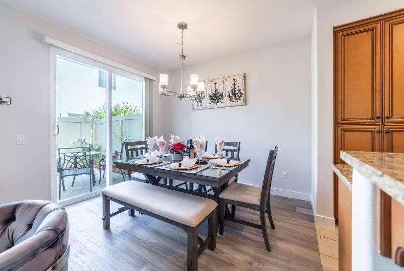 image 10 furnished 4 bedroom House for rent in Van Nuys, San Fernando Valley