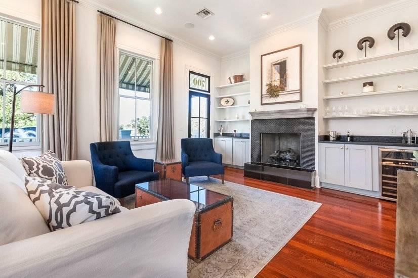 Living Room, Bar area, Fireplace
