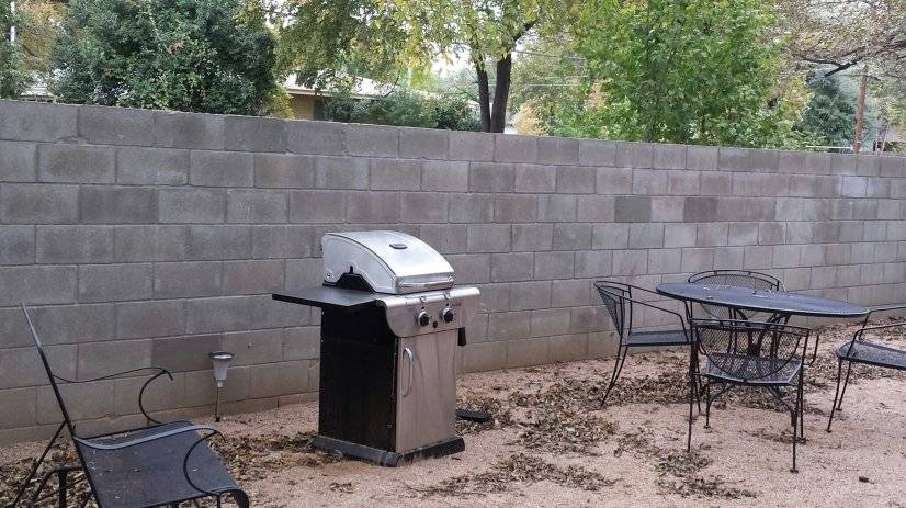 Propane gas grill, private courtyard