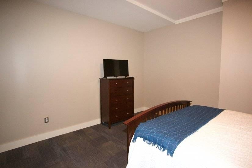 """Second Bedroom 32"""" TV"""
