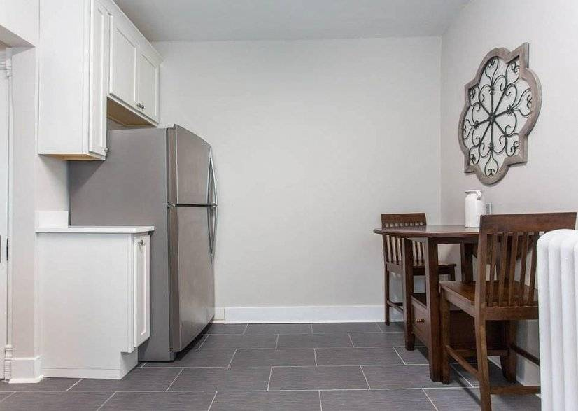 image 9 furnished 3 bedroom Apartment for rent in Libertyville, North Suburbs