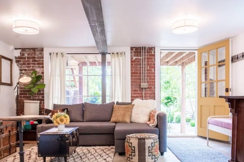 Living room/ front door
