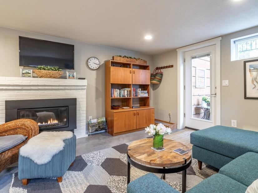 image 2 furnished 1 bedroom Apartment for rent in Portland Southwest, Portland Area