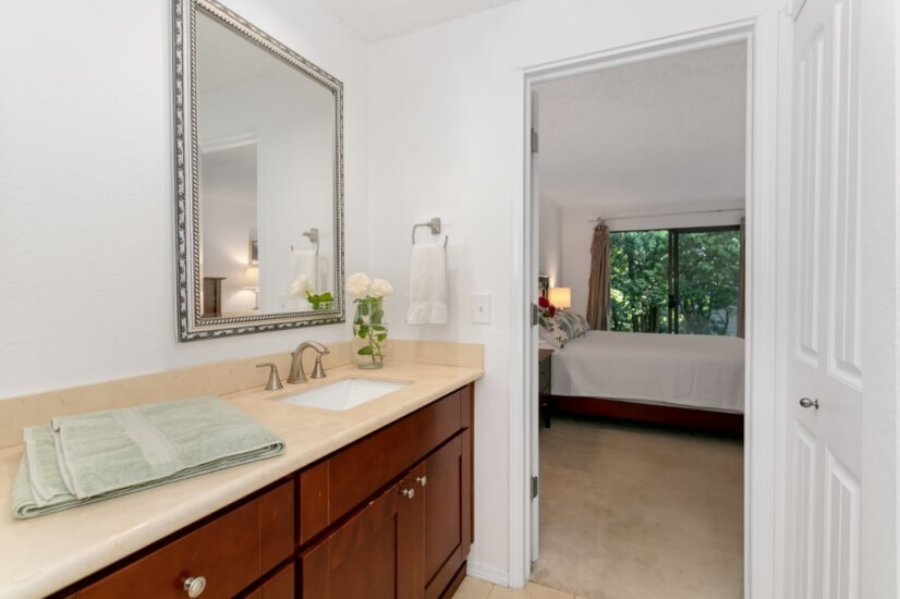 image 18 furnished 2 bedroom Townhouse for rent in Bellevue, Seattle Area