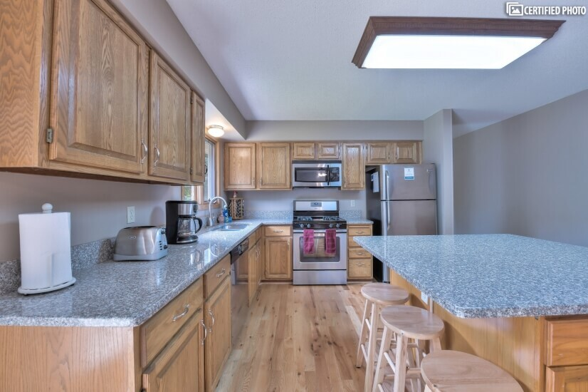 image 6 furnished 4 bedroom House for rent in Woodbury, Twin Cities Area