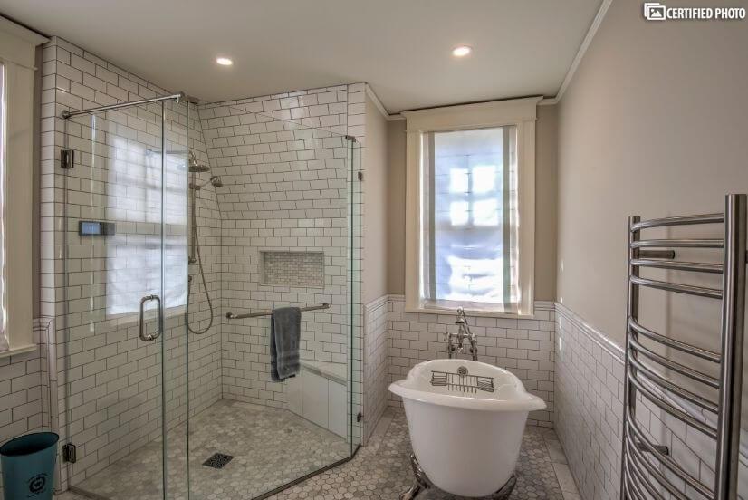 Beautifully remodeled 2nd floor bathroom