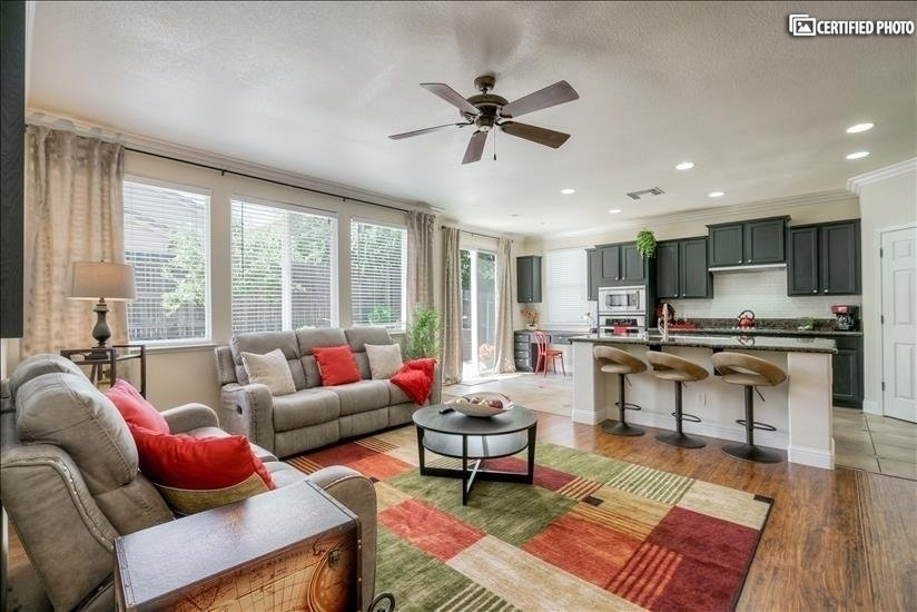 image 5 furnished 4 bedroom House for rent in Roseville, Sacramento - Stockton