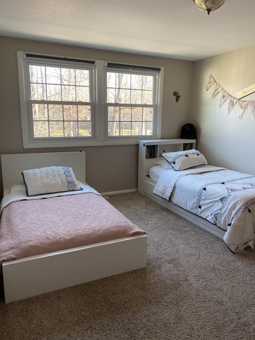 Bedroom # 3 (2 twin beds)