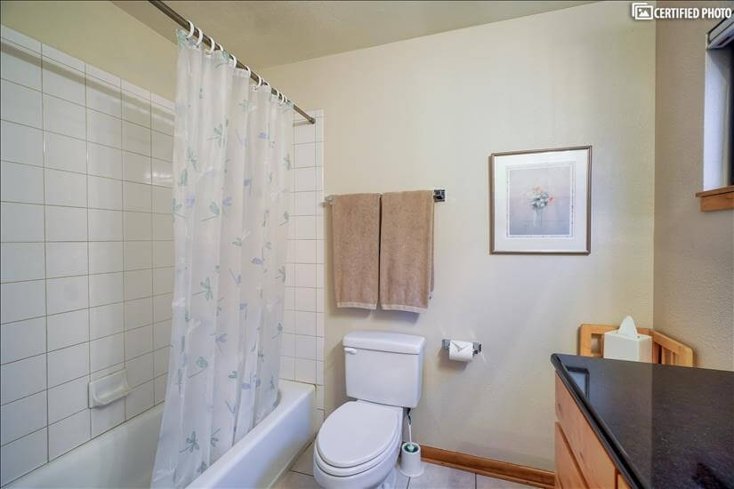 image 16 furnished 2 bedroom Townhouse for rent in Portland Downtown, Portland Area