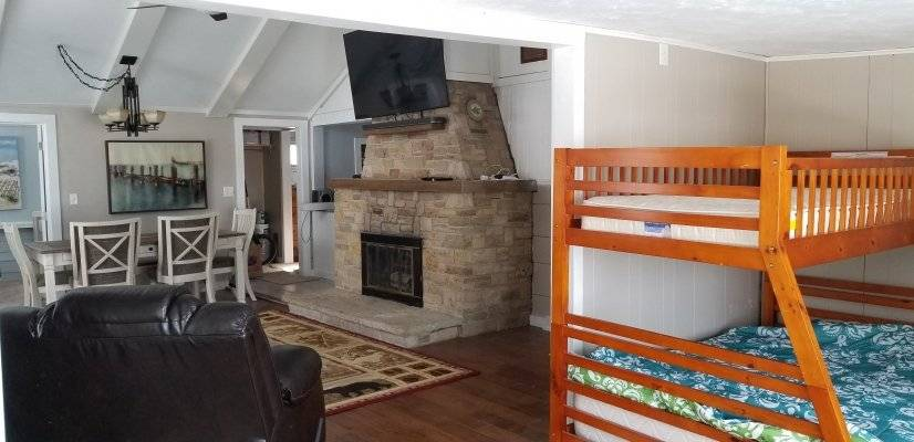 image 7 furnished 3 bedroom House for rent in Hilbert, Calumet County