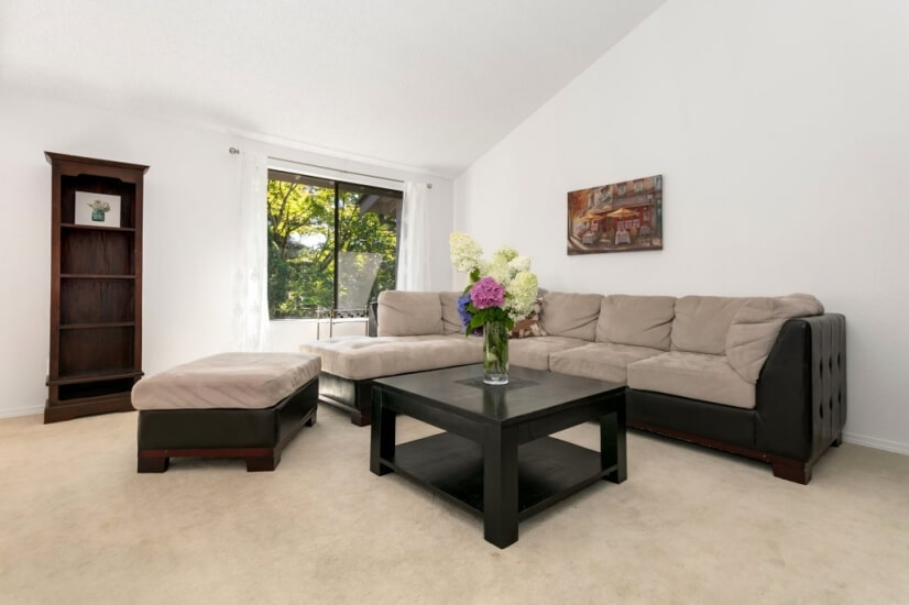image 5 furnished 2 bedroom Townhouse for rent in Bellevue, Seattle Area