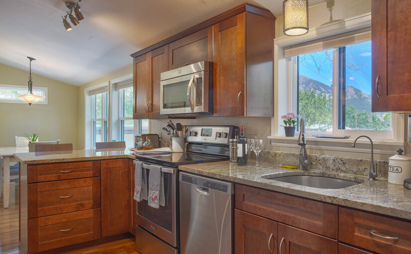 Beautiful updated and stocked kitchen