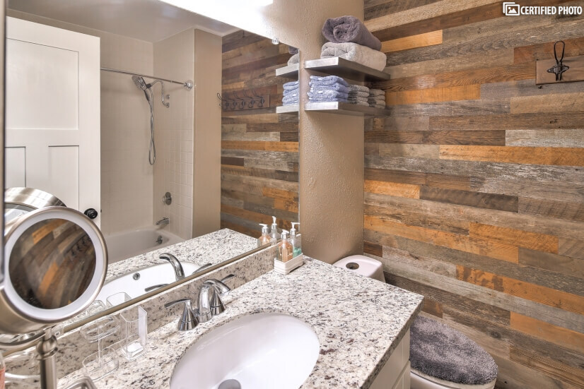 image 8 furnished 4 bedroom House for rent in Beaverton, Portland Area