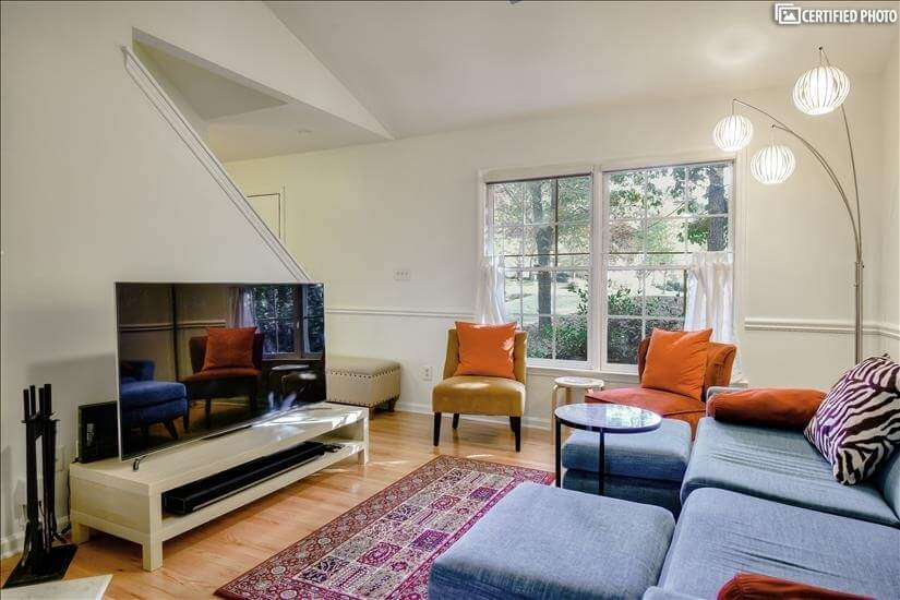 Comfortable sofa, cathedral ceilings, & 65inch flatscreen tv