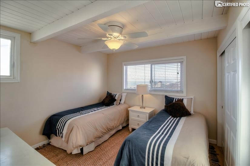 second bedroom with northern beach view