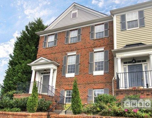 2 bedroom Ballantyne