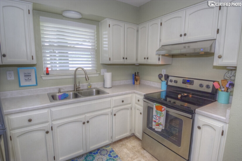 image 13 furnished 2 bedroom Townhouse for rent in Seguin, North Central TX