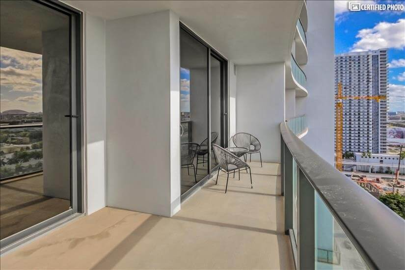 image 2 furnished 1 bedroom Townhouse for rent in Downtown, Miami Area