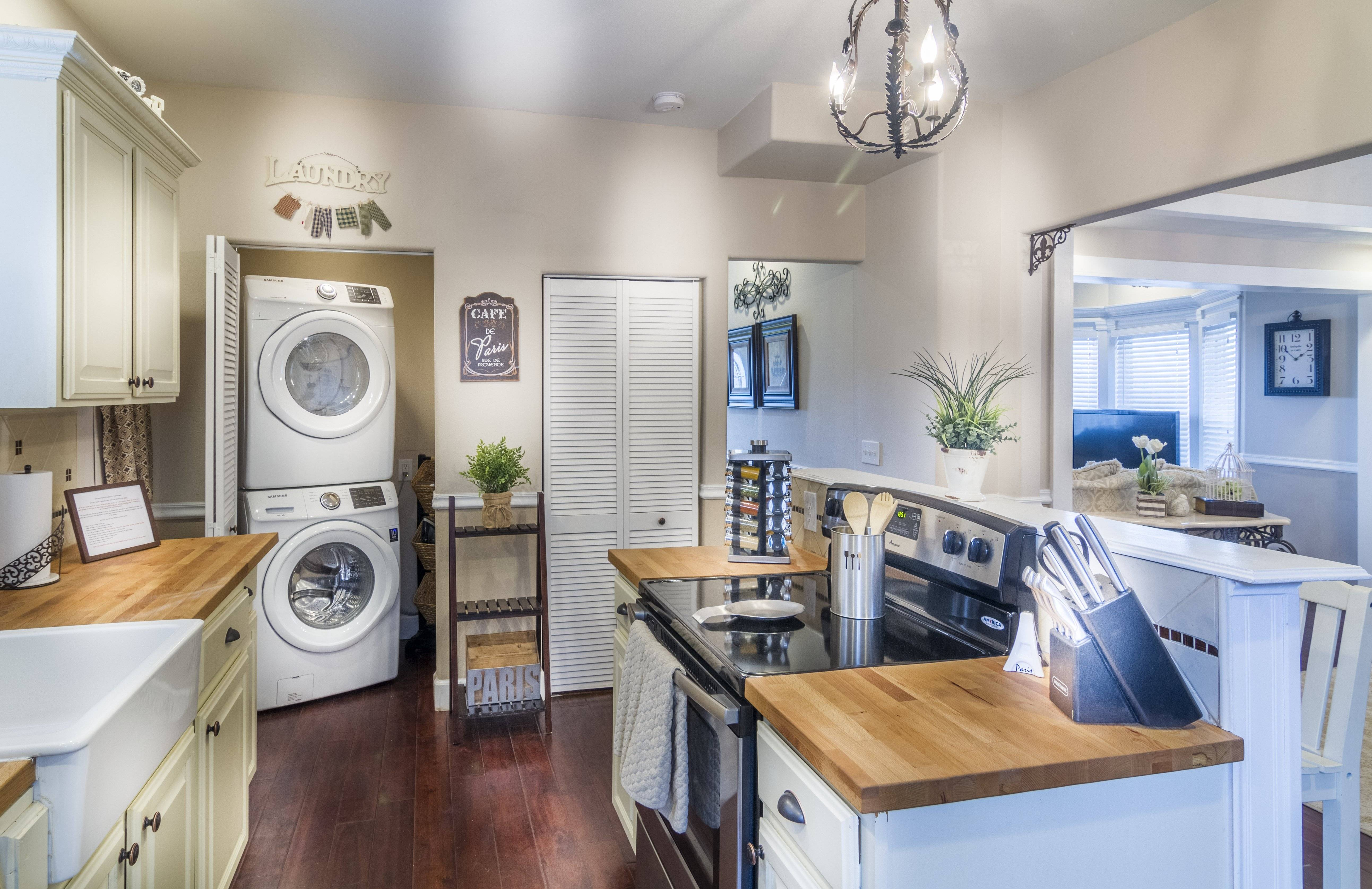 Kitchen with Washer and Dryer