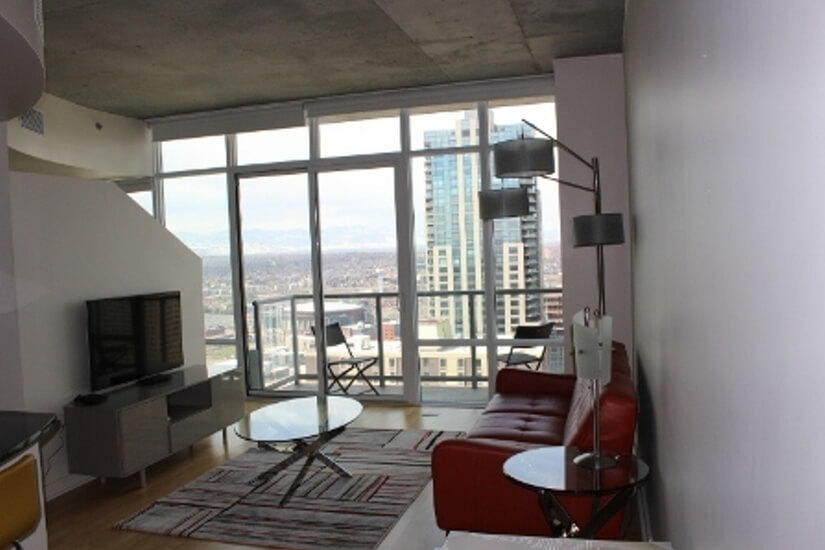 Spire 1 Bedroom on 39th Floor with Sky C