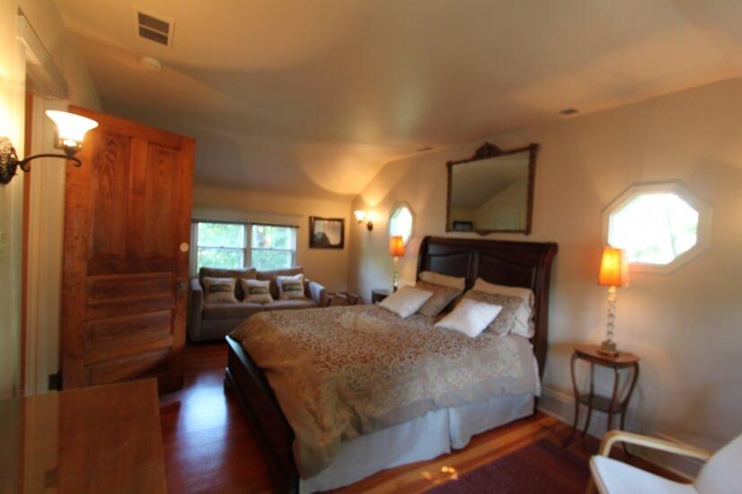 image 15 furnished 3 bedroom House for rent in Glen Ellyn, West Suburbs