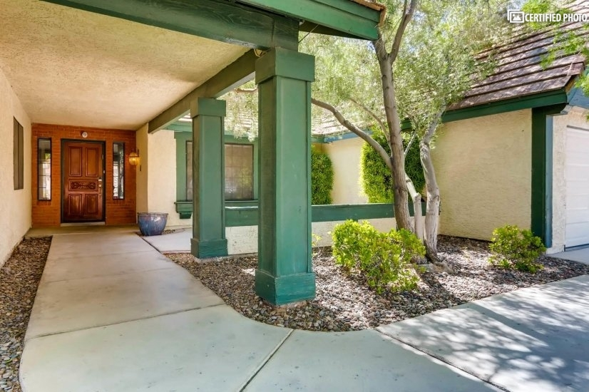 image 5 furnished 4 bedroom House for rent in Henderson, Las Vegas Area