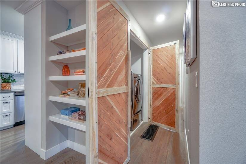 Awesome doors on this laundry area