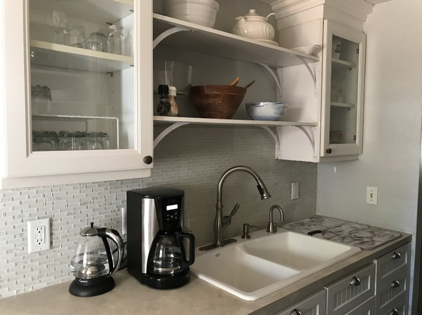 Kitchen coffee maker, water pot, new faucet...
