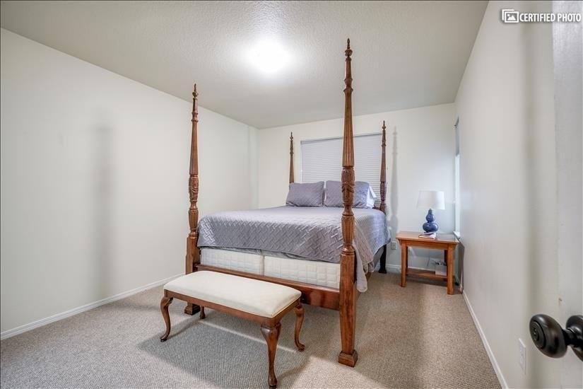 Master Bed #1 (Level 2)