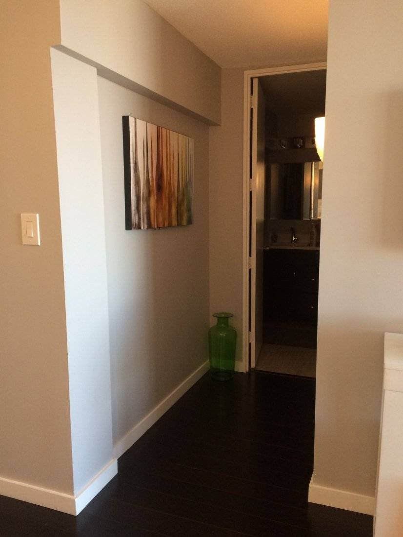 image 5 furnished Studio bedroom Townhouse for rent in Near North, Downtown