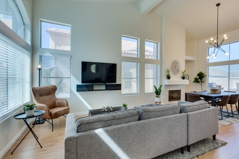 Spacious Family Room with Large Screen Tv