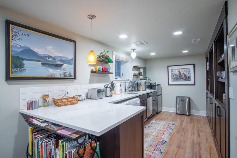 Guest Suite Kitchen W/D