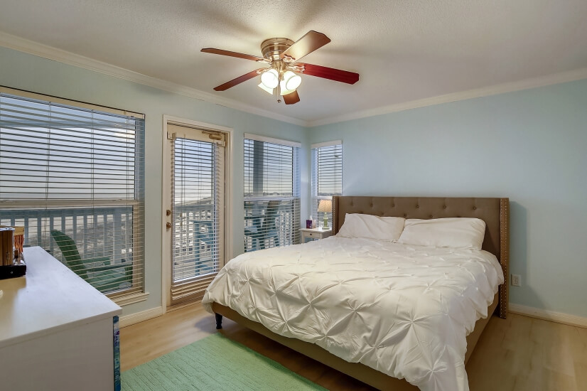 Seascape Master Bedroom with Balcony Entrance