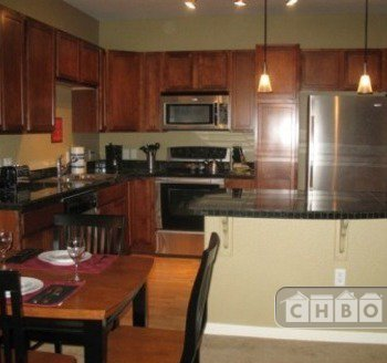 image 3 furnished 2 bedroom Townhouse for rent in Broomfield, Broomfield County