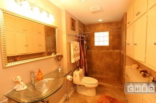 Bath (Upstairs)