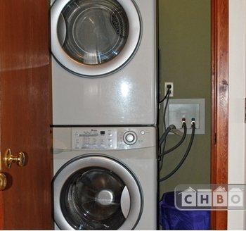 image 12 furnished 2 bedroom Townhouse for rent in Portland Southeast, Portland Area