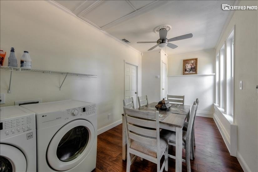 Laundry Seating Area 2