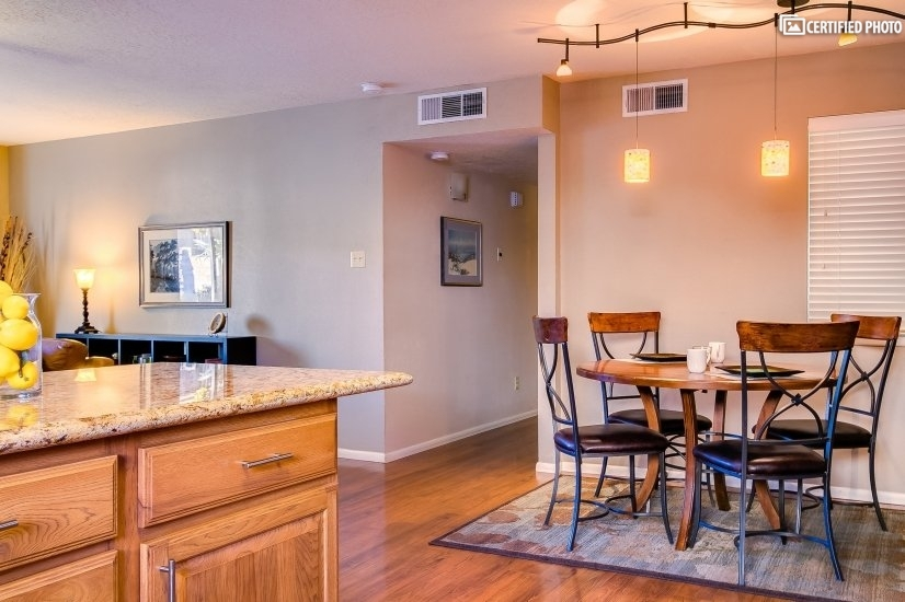 image 5 furnished 3 bedroom House for rent in Albuquerque, Albuquerque - Santa Fe