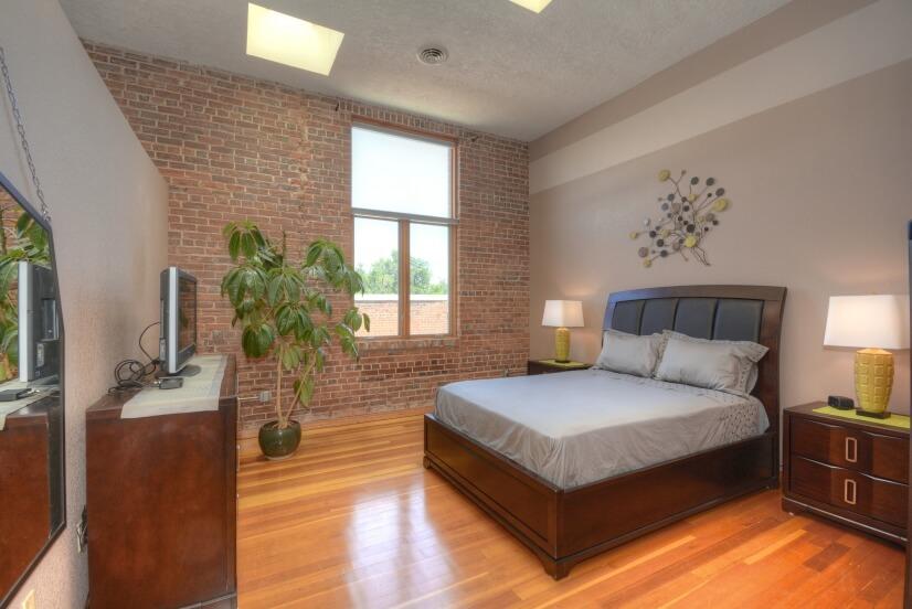image 7 furnished 1 bedroom Loft for rent in Divine Redeemer, Colorado Springs