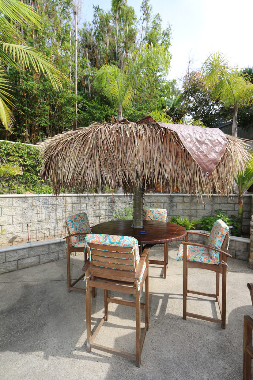 Palapa seating with lighting/seating for 4