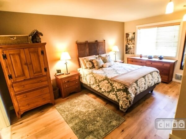 image 15 furnished 2 bedroom Townhouse for rent in Kirkland, Seattle Area