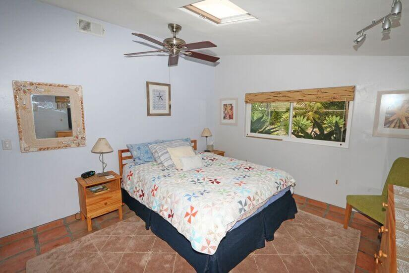 Downstairs quest queen tempurpedic bedroom