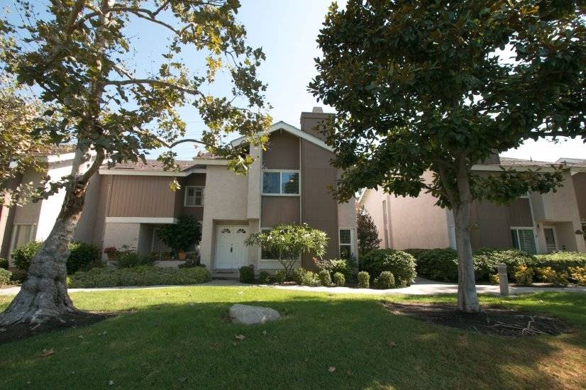 image 16 furnished 4 bedroom Townhouse for rent in Irvine, Orange County